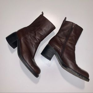 KENNETH COLE NY Brown Leather Mid Calf Boots - 7B